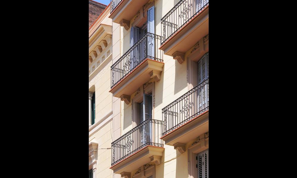 housing-building-rehabilitation-sarria-03