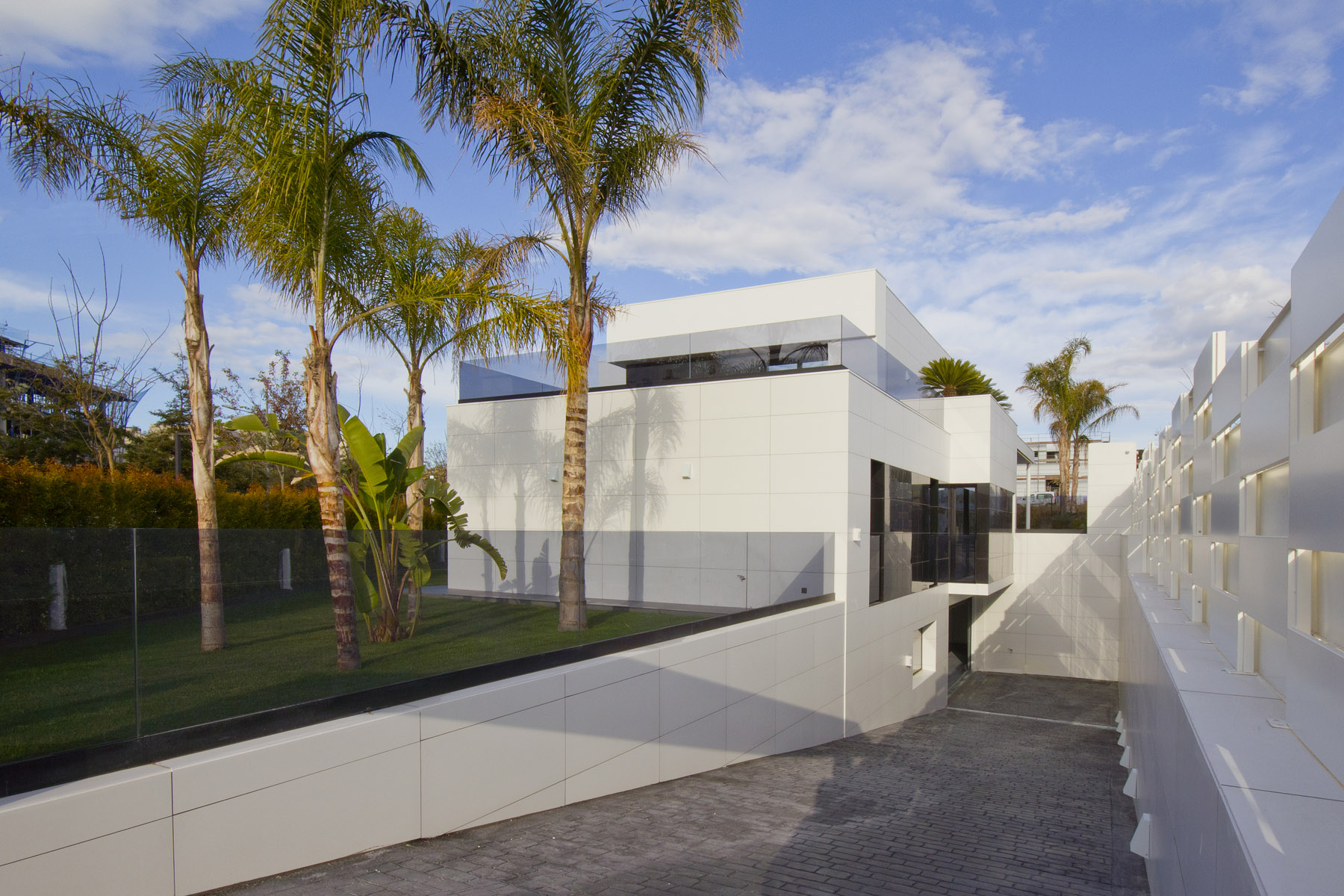 Single-family-house-in-la-plana-of-sitges-barcelona-04