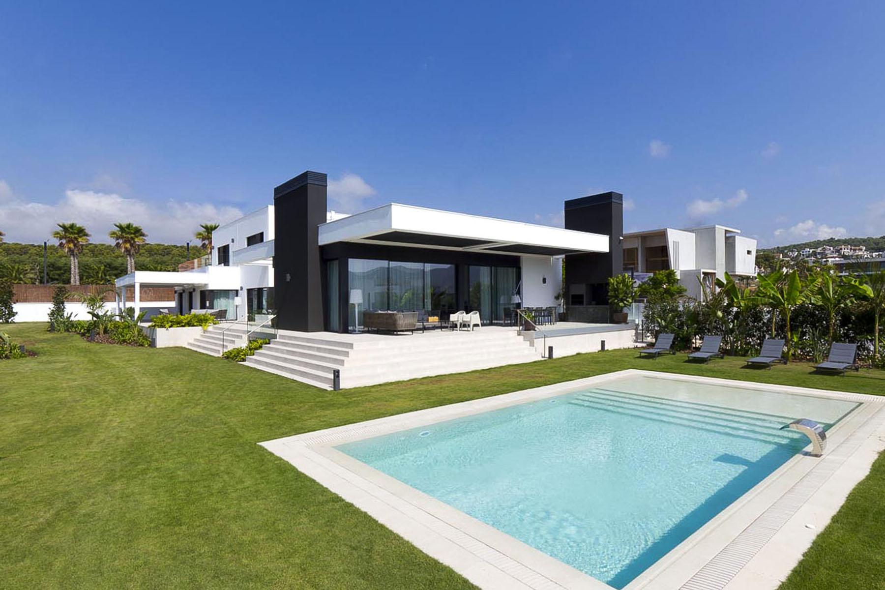 singular-detached-house-la-plana-de-sitges-barcelona